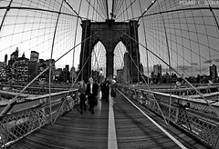Brooklyn Bridge - New York (Richard E. Ducker) Tags: new york city bridge apple brooklyn big manhattan