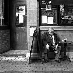 Pint & Cigar (Anthony Cronin) Tags: ireland dublin film analog 35mm kodak cigar 11 ishootfilm guinness ilfordhp5 hp5 konica ac apug pint ilford irlanda 50mmf14 xtol dubliners 500x500 dublinstreet internationalbar ilfordhp5400 dublinstreets wicklowstreet allrightsreserved dublinlife streetsofdublin irishphotography lifeindublin kodakxtol 50mmhexanon filmisnotdeaditjustsmellsfunny irishstreetphotography eldocumental konicahexanonlens 6x6magic y48filter dublinst