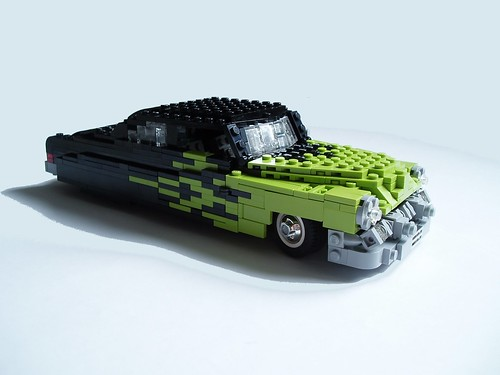 LEGO Mad Physicist 1951 Mercury flames