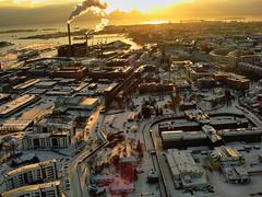 [フリー画像] [人工風景] [建造物/建築物] [街の風景] [煙突] [煙/スモーク] [雪景色] [フィンランド風景] [ヘルシンキ]   [フリー素材]