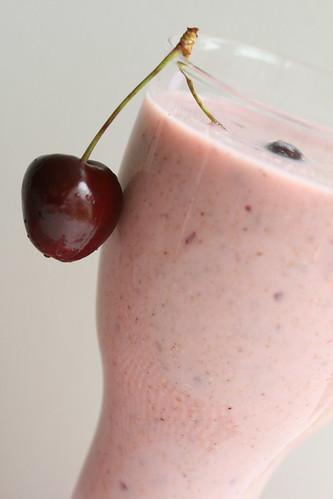 Kama smoothie / Kama-kirsikokteil e. keefirikokteil kama ja murelitega :)