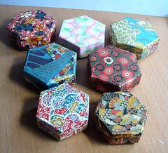 Small hexagonal boxes made from Japanese hand-made papers (tengds) Tags: box papercraft japanesepaper washi chiyogami yuzenwashi smallbox handmadebox smallhexagonalboxes tengds