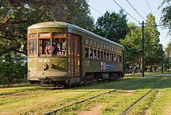 New Orleans Streetcar (Viajante) Tags: green louisiana afternoon neworleans historic vehicle carrollton streetcar carrolltonavenue nikond80 nikon18135mm3556
