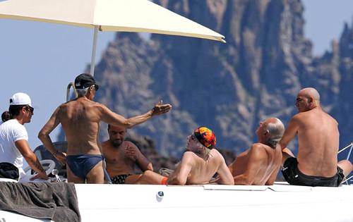 Giorgio Armani in vacanza a Panarea. by you.