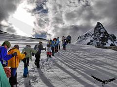 Amigos HDR / Bariloche (Facu551) Tags: patagonia argentina trekking de navidad casa nieve valle cerro laguna refugio montaa jakob bariloche sanmartin piedra tmpanos excursin cella platinumheartaward facu551 facundovital