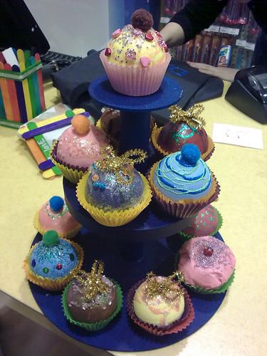 Riot cupcakes