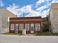 Kansas Town Library (Ray Cunningham) Tags: county usa town illinois united small edgar kansas states staaten tatsunis vereinigten raycunningham zaruka raymondkcunninghamjr