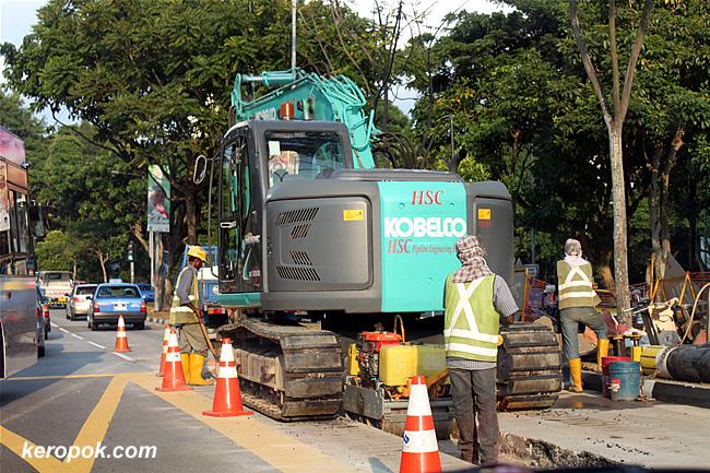 road digging...