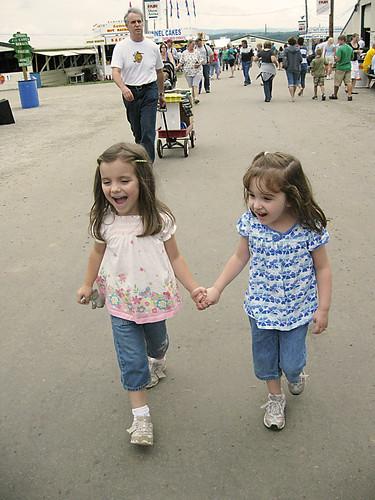 Westmoreland County Fair 2009: Gal pals.