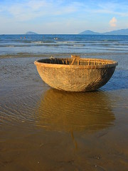 Hoi An's beach (Py All) Tags: sea mer reflection heritage beach boat asia unesco vietnam hoian viet reflet asie plage nam barque worldheritage patrimoine humanit  patrimoinemondialdelhumanit