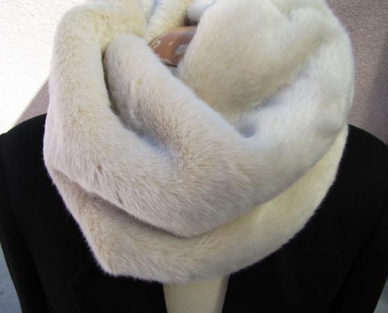 DIY-fur-neck-warmer-13