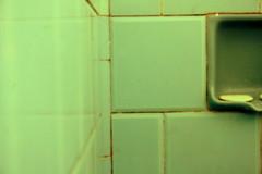 Blue. (Tatiana Caju) Tags: azul bathroom banheiro saboneteira sabonete wwwtatianacajucombr
