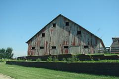 Nearly symmetrical windows (David Sebben) Tags: city windows facade barn south iowa symmetrical