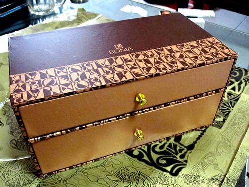 Bonia Box...