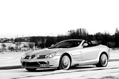 SLRoadster. (Denniske) Tags: white snow motion slr speed canon silver photography eos gris mercedes benz movement shoot december photoshoot belgium belgique action sneeuw belgi convertible automotive mc westvlaanderen mclaren 09 shooting mm 12 pk dennis panning 19 70200 2009 f28 ef 19th laren kortrijk roadster cabriolet westflanders silber 626 courtrai fotoshoot noten argento bhp lseries zilver llens 40d cartocar denniske dennisnotencom
