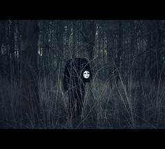(byJosh) Tags: trees holland headless dark woods nikon mask creepy vlaardingen byjosh mep d80 35mm18g joshthipparat