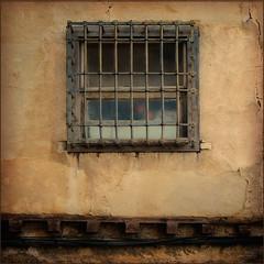 ]II[ (Regine Sahmel) Tags: window ventana reja spain fenster finestra cuenca gitter windowgrid