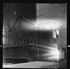 Lichtbrecher (Coffinradio) Tags: light bw 6x6 rollei licht sw kiev brickhouse 80mm volna leck rpx