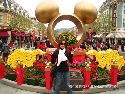 first mickey monument