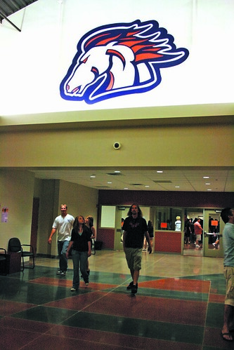 poston butte broncos by East Valley Independent Newspapers