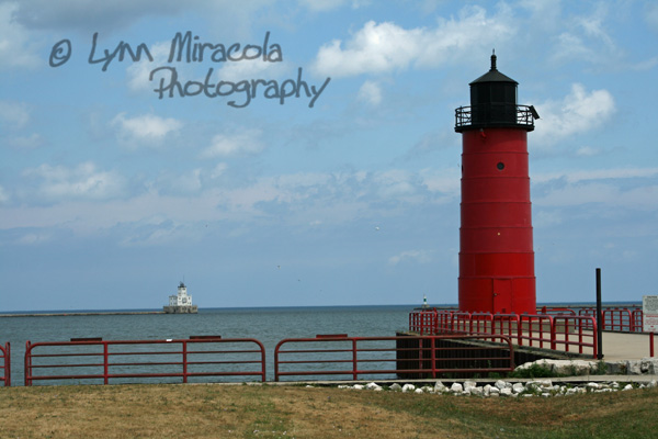 Milwaukee Pierhead/Breakwater Lighthouses