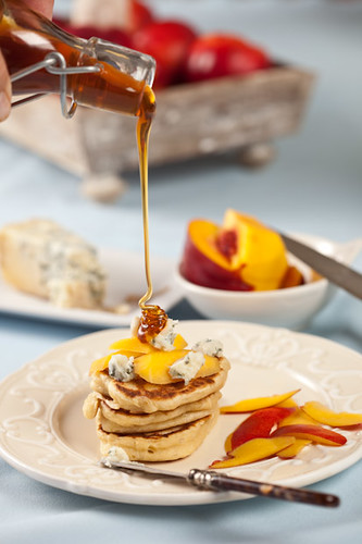 Blini's with nectarines, blue cheese and honey (by Junglefrog)