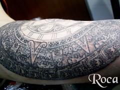 CALENDARO AZTECA EN PROGRESO (roca tattoo studio) Tags: tattoo arte maya cultura tatuaje calendario azteca precolombino prehispanico