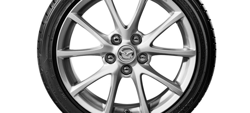 Mazda MX-5 17-inch alloy wheels