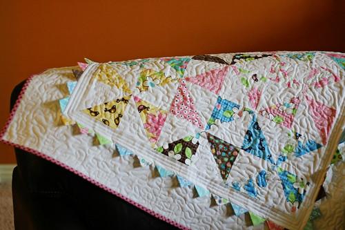 Pinwheel Baby Quilt - Prairie Points