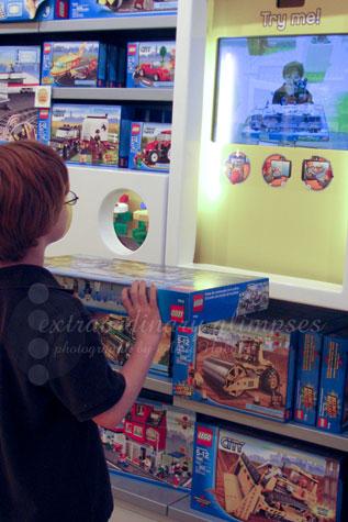 LegoStore_Oct052009_0003Aweb