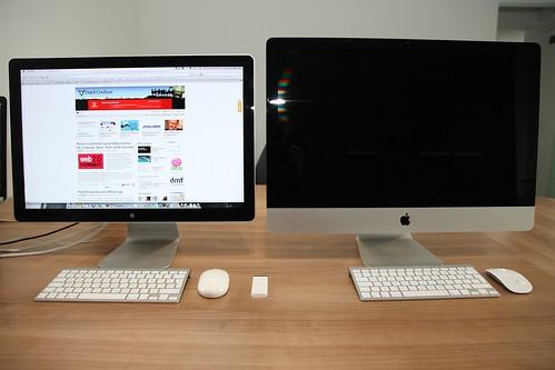24 iMac left vs 27 iMac right