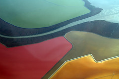 2009-10_31_BOS-SFO_398 (dsearls) Tags: aviation united flight aerial sanfranciscobay eastbay southbay ual overview unitedairlines windowseat saltponds windowshot cargill bossfo anthropocene 20091031