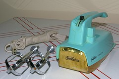 Household - Appliances - Sunbeam - Mixmaster - Model HM-1 - Turquoise - 1 (kocojim) Tags: home kitchen electric ebay hand turquoise small mixer retro stuff handheld sunbeam appliance mixmaster kocojim retromodern hm1