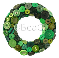 Button Wreath (Knopenkrans) (Made by BeaG) Tags: wreath krans buttonwreath knopenkrans green groen knopen knoopjes buttons round rond circle cirkel homedecor homedecoration doordecor doordecoration christmaswreath christmas holidays unique design handmade beag designedandmadebybeag ontworpenengemaaktdoorbeag indiedesigner indieartist vintagebuttons vintageknopen craftingwithbuttons knutselenmetknopen buttonart belgium belgi recycle recycled reuse repurpose reclaim recycleren hergebruiken knopenhergebruiken recycledbuttons designerwreath designerwreaths