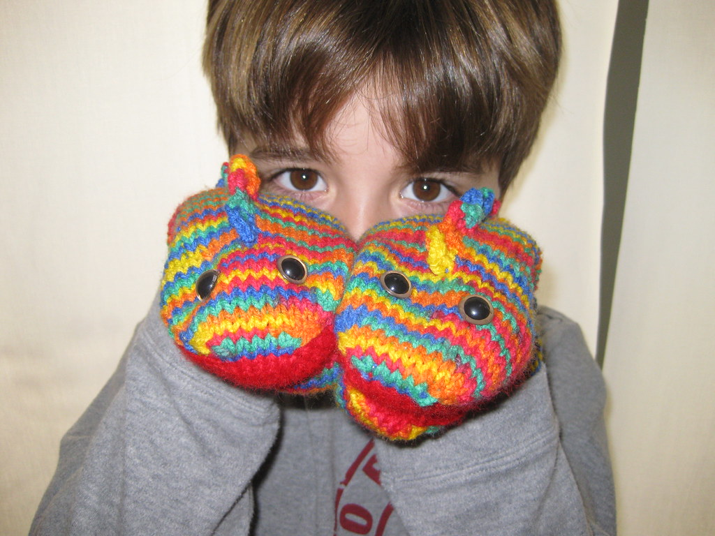 Dragon mitts 3