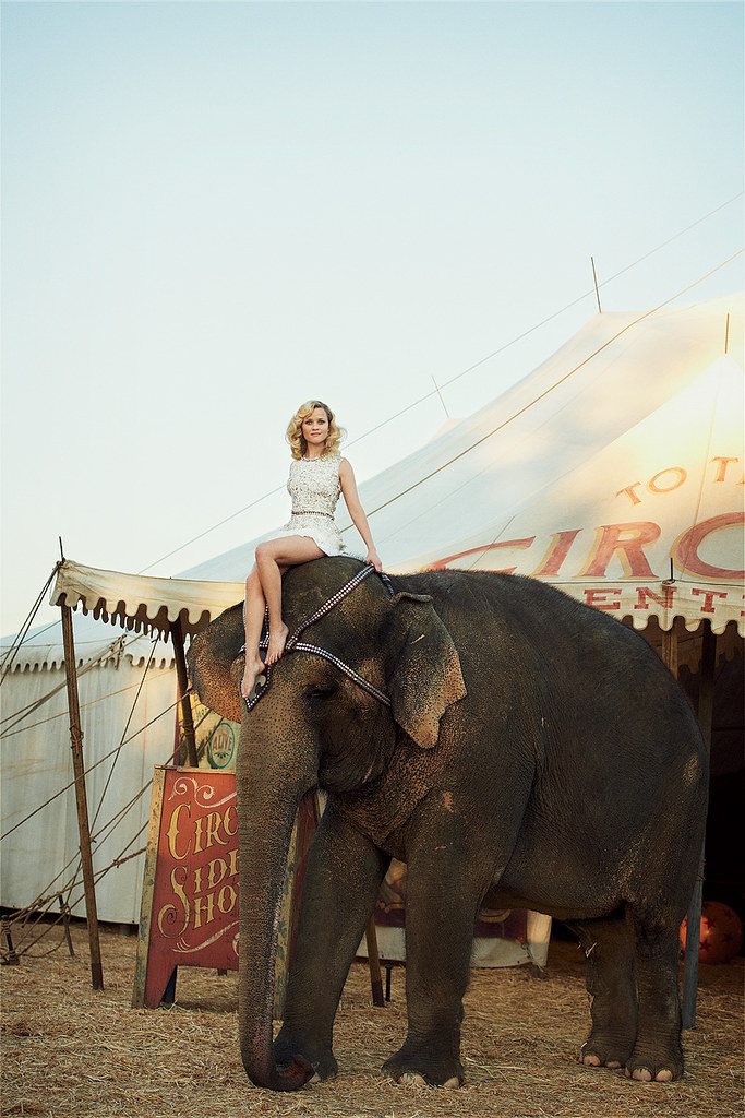 reese+witherspoon+vogue+us+water+for+elephants