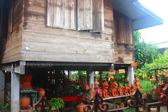 Koh kret trip (Pkamo@Tai) Tags: wood trip travel house home beautiful thailand lights tour handmade thai pottery neat nonthaburi   kohkret puykamo thaiproduct  thaipottery  thaitexture