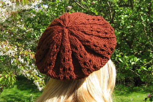 Buttercup Beret Knitting Pattern : FREE KNITTING PATTERNS BERETS