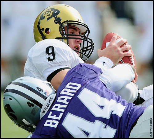 20091024_FBC_COLORADO_KANSAS_ST_HANSEN_SACK
