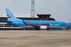 G-THOO - 29335 - Thompsonfly - Boeing 737-33V - Luton - 090611 - Steven Gray - IMG_3973