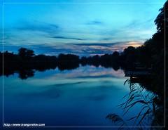 Enjoy The Silence / Élvezd a nyugalmat (FuNS0f7) Tags: sunset hungary reflexions szolnok sonycybershotdscf828 vob the4elements abigfave holttisza alcsisziget