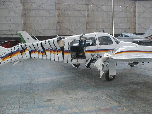 4193704329 0a16350d58 o Foto Berbagai Macam Kecelakaan Pesawat