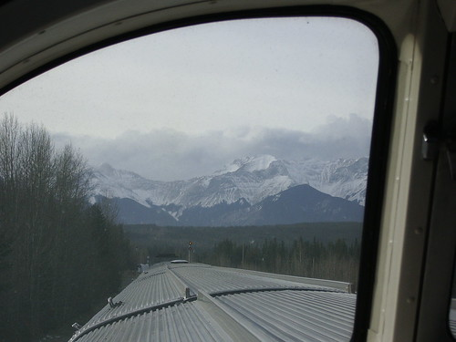 Nov2009 Rockies from train