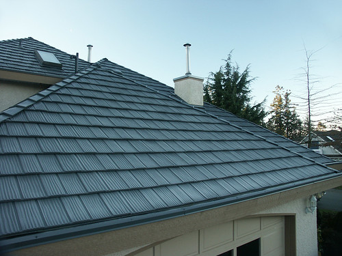Shake Roof By Interlock Roofing   Charcoal Grey