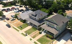Bird's eye view of houses (prophile) Tag