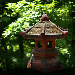 Pagoda (Cha ) in the sun (NaPix -- (Time out)) Tags: trees green art love nature landscape religious temple pagoda worship asia peace emotion bokeh stupa buddhism icon explore spiritual  feelgood cha explored    napix pagodainthesun taoisthousesofworship