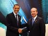 Reunión Bilateral Privada del C. Presidente de los Estados Unidos Mexicanos con el Excmo. Sr. Barack Obama, Presidente de los Estados Unidos de América (09/08/09) por Gobierno Federal