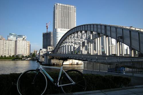 KACHIDOKIBASHI
