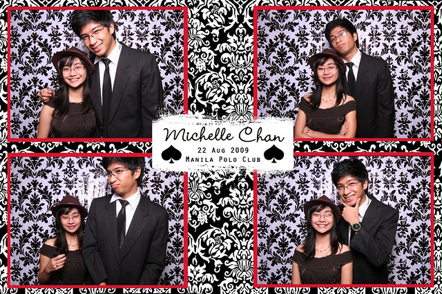 113913-custom-poof_middle by Poof Photobooth