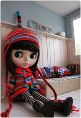 we love bright red ^.^ (megipupu) Tags: hat doll handmade knit blythe cardigan romper megipupu punkaholicpeople